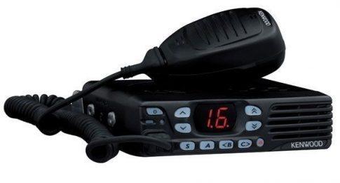 Kenwood TK-7302 VHF sávú mobil adóvevő