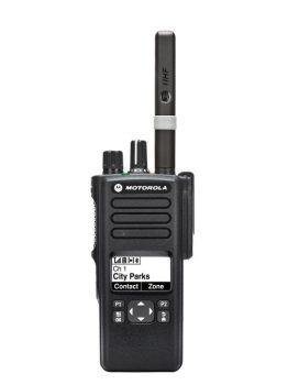 Motorola DP4600E digitális kézi adóvevő