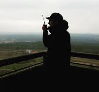 Ki mondta, hogy a PMR rádiókkal csak két saroknyira lehet elszólni !?